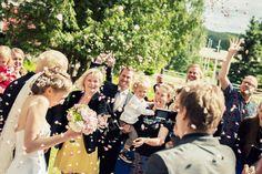 Wedding boquet. Design by Elina Mäntylä, Valona Florana (Valona design). www.valona.fi  Photo by Studiopyy