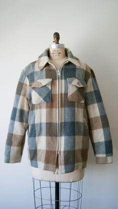 Plaid Jacket. Vintage Wool Coat. 80s Woolrich Coat. Unisex Hunting Jacket. Men's Medium / Large. Women's Large / Extra Large.