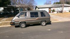 1989 toyota van wagon. there she is!