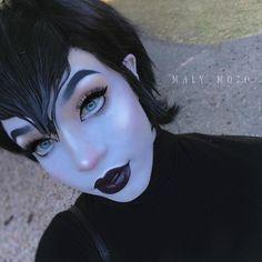 Mavis from Hotel Transylvania Amazing Halloween Makeup, Halloween Fashion, Halloween 2018, Halloween Make Up, Amazing Makeup, Halloween Ideas, Mavis Costume, Mavis Hotel Transylvania, Makeup Art