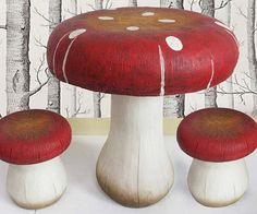 Create a surreal environment in your offspring's room with this whimsical table and stool set. Expertly crafted from heavy duty resin, each piece of furniture comes decorated to resemble overgrown fungi straight from the world of Alice In Wonderland.