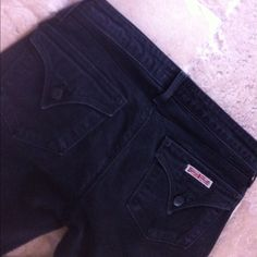 "Hudson Black Straight Leg Jeans Hudson Straight Leg Jeans. Size 27. Black. 33"" inseam. 98% cotton/2% elastan. Leg is 7"" at bottom . Good condition. No trades. Hudson Jeans Jeans Straight Leg"
