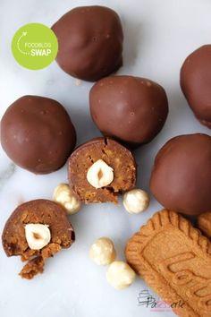 Chocolate Delight, Chocolate Bomb, Gluten Free Chocolate, Homemade Chocolate, Dutch Recipes, Sweet Recipes, Macarons, No Bake Cookies, Cookie Desserts