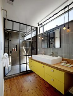Standing shower idea (aluminum + tempered glass divider; carrera marble floor)