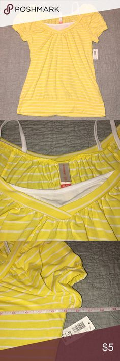 🌺 No Boundaries Striped Yellow Blouse NWT🌺 Fun off the shoulder blouse with built in spaghetti strap tank. All reasonable offers considered.🌺 No Boundaries Tops Blouses