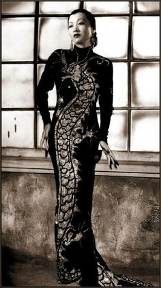 Vintage Glamour Girls: Anna May Wong Old Hollywood, Hollywood Glamour, Costume Hollywood, 1930s Fashion, Vintage Fashion, Gothic Fashion, Glamour Hollywoodien, Anna May, Female Dragon