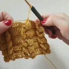 Aprenda a Fazer Crochê em Poucos Dias! Puff Stitch Crochet, Crochet Twist, Crochet Geek, Crochet Motif, Crochet Crafts, Crochet Yarn, Easy Crochet, Crochet Projects, Love Crochet