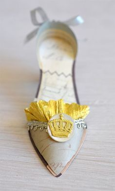 Crown-shoe-front Brenda Walton Ballroom Slipper Die for Sizzix