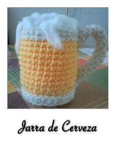 beer mug amigurumi Crochet Quilt, Crochet Cross, Crochet Yarn, Free Crochet, Crochet Toys Patterns, Amigurumi Patterns, Stuffed Toys Patterns, Crochet Dolls, Appliques Au Crochet