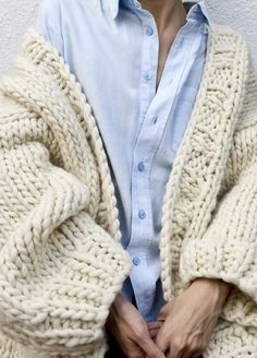 Simone Cardigan - sans aiguilles- color naturel ou olive