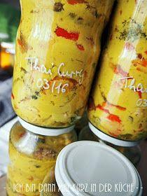 Ein richtig leckeres Thai-Curry gehört ja wirklich zu meinen Lieblingsrezepten. Es ist einfach gemacht, man ist super flexibel und es sch...