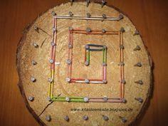 Das Geobrett eignet sich zur Entdeckung der geometrischen Formen, Figuren, Zahlen und Buchstaben. Es regt die Kreativität und Experimentierf...