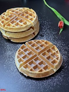 the best- Buttermilch-Waffeln…die Besten Buttermilk waffles … the best, tasty, bake, … - Easy Healthy Recipes, Healthy Desserts, Easy Desserts, Whole30 Recipes, Summer Desserts, Vegetarian Recipes, Dessert Simple, Buttermilk Waffles, Evening Meals