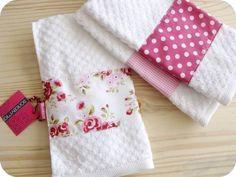 Toalhinha de mão para lavablos ou banheiros