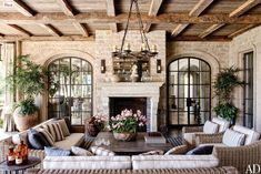 tom brady house architectural digest | Tom Brady and Gisele's Cozy Abode