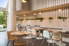 The Kitty Burns restaurant in Melbourne by Biasol Design Studio Cafe Restaurant, Greens Restaurant, Restaurant Ideas, Design Studio, Cafe Design, Dining Booth, Decoracion Vintage Chic, Green House Design, Café Bar