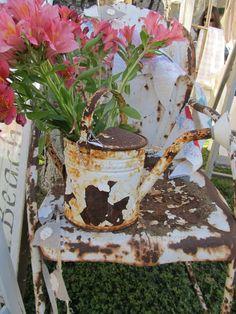 #Rustic #Rusty - Springtime Vintage @Matty Chuah Vintage Marketplace....lovelovelove