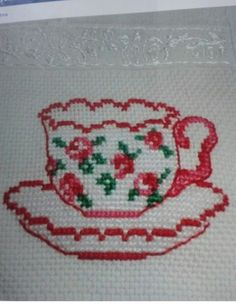 counted cross stitch kits for beginners Simple Cross Stitch, Cross Stitch Flowers, Modern Cross Stitch, Cross Stitch Designs, Cross Stitch Patterns, Counted Cross Stitch Kits, Cross Stitch Embroidery, Cross Stitching, Hand Embroidery