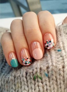 Colorful nail design, dotted nail design, teal green and pink color mani