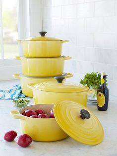 Le Cruset I Just Love The Sunshine Yellow Lglimitlessdesign Contest Kitchen Yellowkitchen Colorskitchen Stufflemon