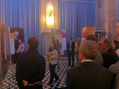 La mostra si compone di pannelli fotografici di grande formato (150x200 cm) arricchiti da commenti e citazioni d'autore.