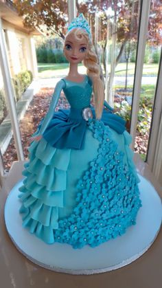 Elsa Birthday Cake, Baby Boy Birthday Cake, Frozen Themed Birthday Party, Adult Birthday Cakes, Cake Elsa, Elsa Doll Cake, Elsa Cakes, Anna Und Elsa, Elsa Elsa