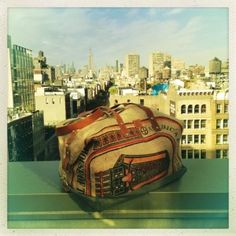 Jessica Biel Launches Line of Eco-Friendly Handbags http://blog.greendeals.org/go-green/jessica-biel-launches-eco-friendly-handbag-brand-bare/