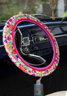 steering wheel cover  hot pink cow  velvet materical nice and soft