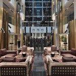 إقامة زاخرة بالاحتفالات والعروض بانتظار نزلاء فندق ميليا دبي!