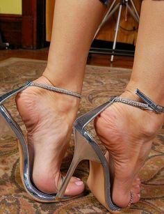 Only Stiletto Sandals Stilettos, Stiletto Heels, Open Toe High Heels, Hot High Heels, Beautiful High Heels, Gorgeous Feet, Feet Soles, Women's Feet, Sexy Zehen