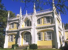 The Real American Gothic is Architecture: A Gothic Pretender: The Wedding Cake House Gothic Revival Architecture, Architecture Panel, Architecture Details, Drawing Architecture, Gothic House, Victorian Gothic, Victorian Homes, Style At Home, Goth Home