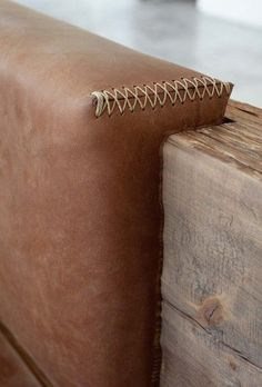 Leather and wood details