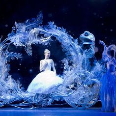 Birmingham Royal Ballet's production of Cinderella at the Birmingham Hippodrome. Elisha Willis as Cinderella © Bill Cooper ♡ www.theworlddances.com/
