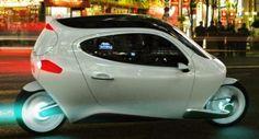来年発売予定! 車とバイクを良いとこ取りした近未来型電動バイク
