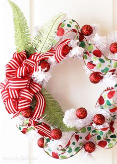 DIY Christmas Wreath at Positively Splendid