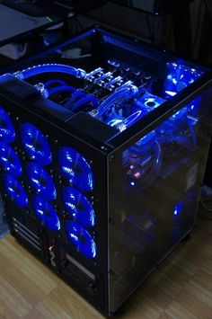 Awesome blue/black watercooled build.