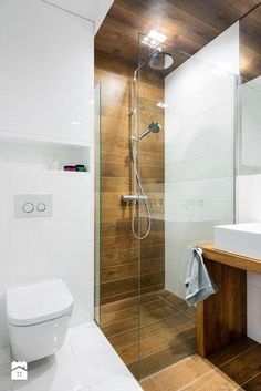 Looking for shower tile ideas for your bathroom? Here we've collected stunning shower tile ideas to help you decorating your bathroom.