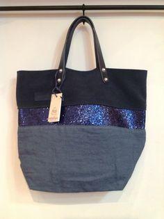 sacs Estellon, à refaire Sacs Tote Bags, Toiletry Bag, Ropa Interior Boxers, Unique Purses, Jute Bags, Denim Bag, Quilted Bag, Fabric Bags, Cotton Bag