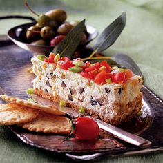 Savory feta cheese combines with basil, oregano and pepper creating a beautiful appetizer, worthy of the best New Year's parties. Yummy Food, Tasty, Cheesecake Recipes, Soul Food, Cooking Time, Finger Foods, Feta, Easy Meals, Food And Drink