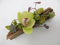 Finding common ground floral art design