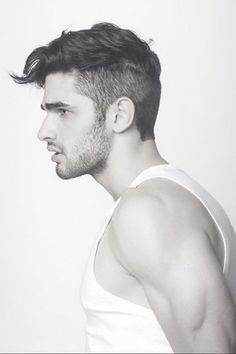 Top 10 Short Men's Hairstyles of 2019 - Page 6 of 10 - Hairstyles & Haircuts for Men & Women - Part Undercut Hairstyles, Hairstyles Haircuts, Haircuts For Men, Vintage Hairstyles, Short Haircuts, Casual Hairstyles, Men Hairstyle Short, Mens Hairstyles 2014, Gorgeous Hairstyles
