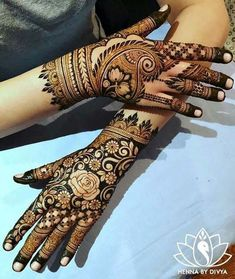 Rajasthani Mehndi Designs photos are present on this article. Rajasthani mehndi is also called as mirror reflecting art. Henna Hand Designs, Mehndi Designs Finger, Modern Henna Designs, Latest Bridal Mehndi Designs, Modern Mehndi Designs, Mehndi Design Pictures, Wedding Mehndi Designs, Mehndi Images, Rajasthani Mehndi Designs