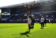 ~ Petr Cech celebrating Frank Lampard's legendary accomplishment #ChelseaFC ~