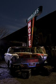 Night at the abandoned motel~