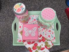 Hand painted Mint wood tray with strawberry por Eweniques en Etsy, $43.00
