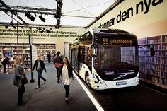 Il bus-biblioteca a Gothenburg! Leggere a emissioni zero con #VolvoOceanRace