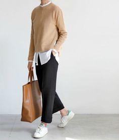 Fashion Tips Moda .Fashion Tips Moda Fashion Mode, Work Fashion, Hijab Fashion, Fashion Outfits, Womens Fashion, Fashion Trends, Fall Fashion, Fashion Black, College Fashion