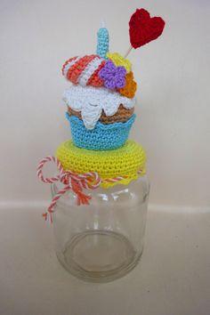 Crochet Jar Covers, Jars, Crochet Necklace, Diy, Mason Jars, Bass Drum, Crochet Motif, Diets, Amigurumi
