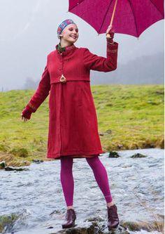 """Gudrun Sjödéns Januar Highlights - Bestickter Mantel im Folklorestil. Kauft den reduzierten Mantel """"Oda"""" aus Wolle jetzt für nur 149,00 Euro anstatt 298,00 Euro! http://www.gudrunsjoeden.de/mode/produkte/jacken-maentel"""