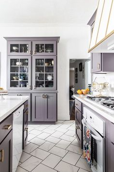 An Elegant But Easy-Going Kitchen Makeover The Glitter Guide